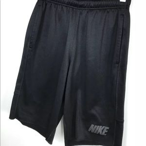 Nike Rogue Fleece Shorts Small